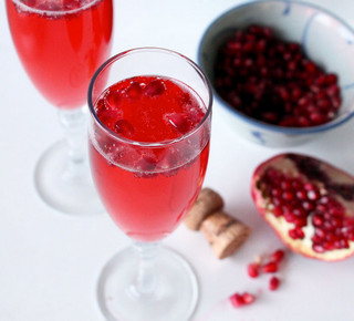 pomegranade champagne cocktail